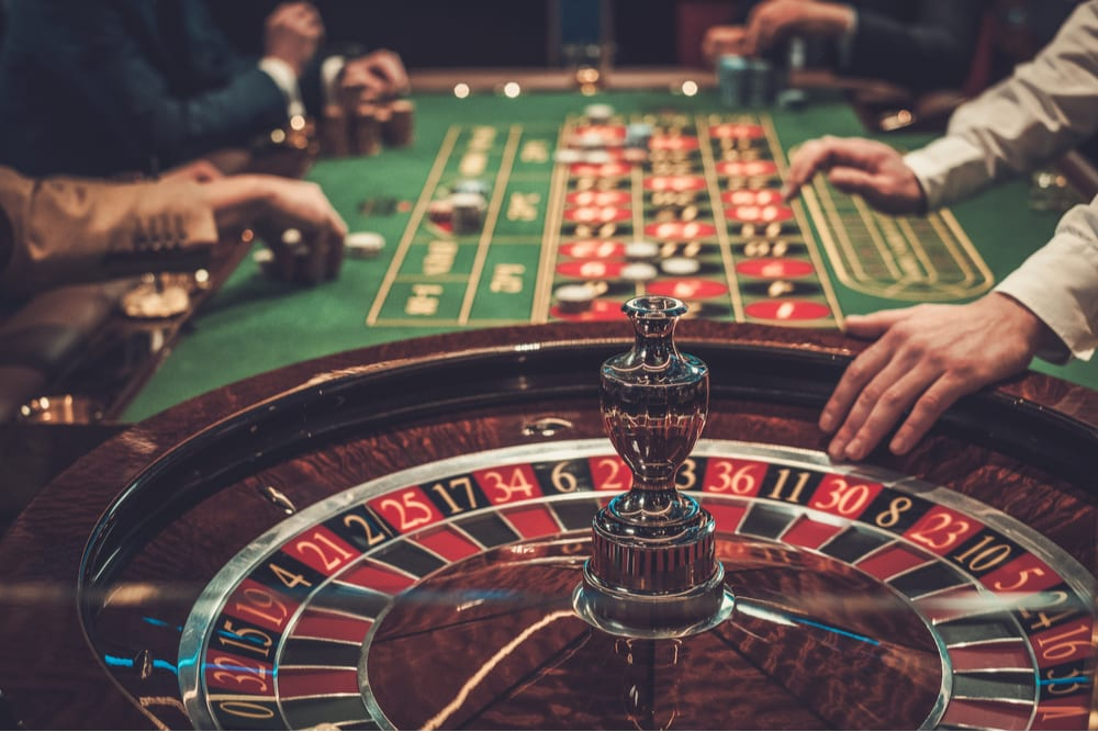 Little Risks Online Poker Explained By A Specialist